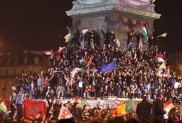 En France, tous les drapeaux sont autorisés, sauf celui d'Israël