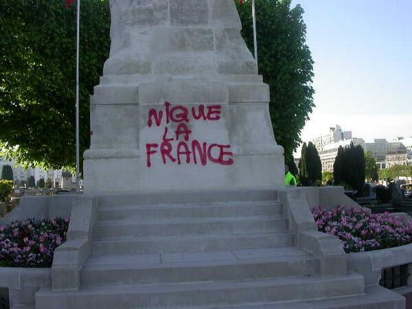 PROFANATION MONUMENT AUX MORTS LEVALLOIS
