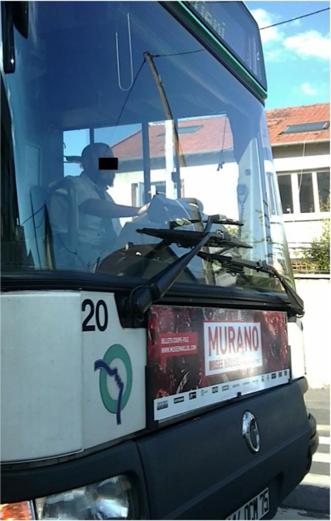 Bus 122 à Bagnolet