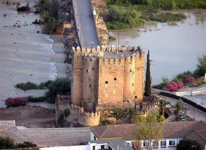 La Tour de la Calhorra à Cordoue, temple de la célébration du mythe andalou