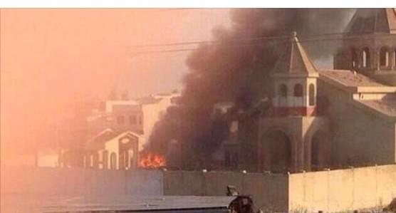 Eglise-de-1800-ans-brulee-a-Mossoul Irak