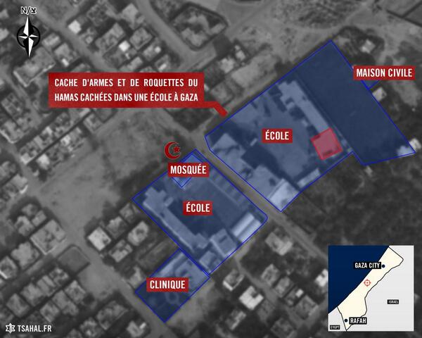 ECOLE Armes et roquettes dans une ecole de la bande de Gaza