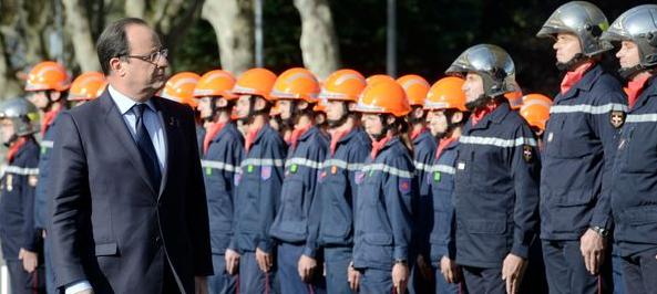 hollande-chez-les-pompiers