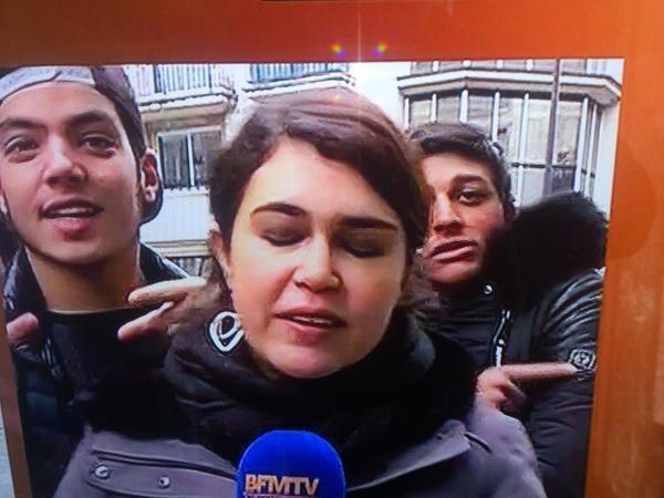 V de la victoire et quenelle après l'attentat de Charlie Hebdo (image BFM)
