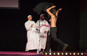 Femen fait peur aux salafistes Pontoise