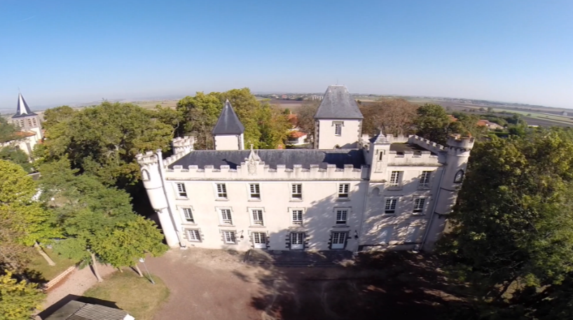 av tantonville château de Pessat villeneuv