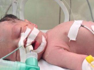 av terrorisme bébé blessé
