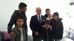 avec réfugiés ramenés par Cazeneuve