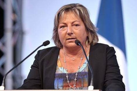 Pas de points d'eau pour les migrants : Natacha Bouchart a raison