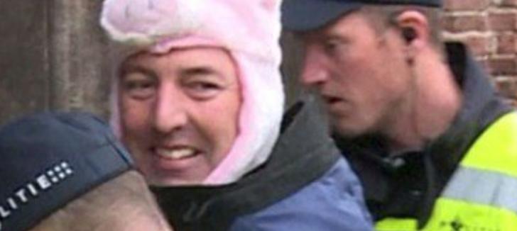 chapeau-cochon-interdit