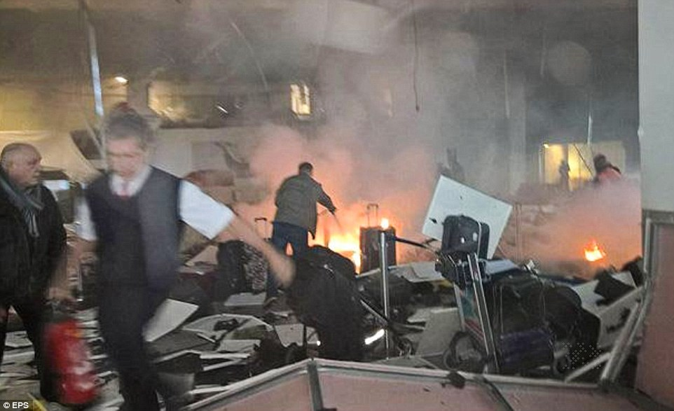 Attentats- aeroport-Bruxelles-22-03-16