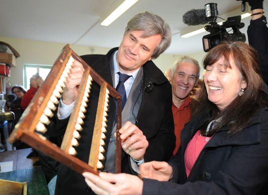 av le foll avait promis son aide aux apiculteurs en 2012