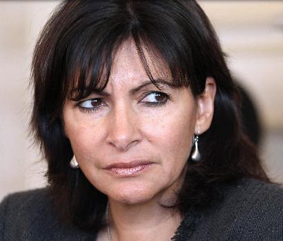 Anne Hidalgo détourne des vaccins pour ses amis : le scandale de trop ?