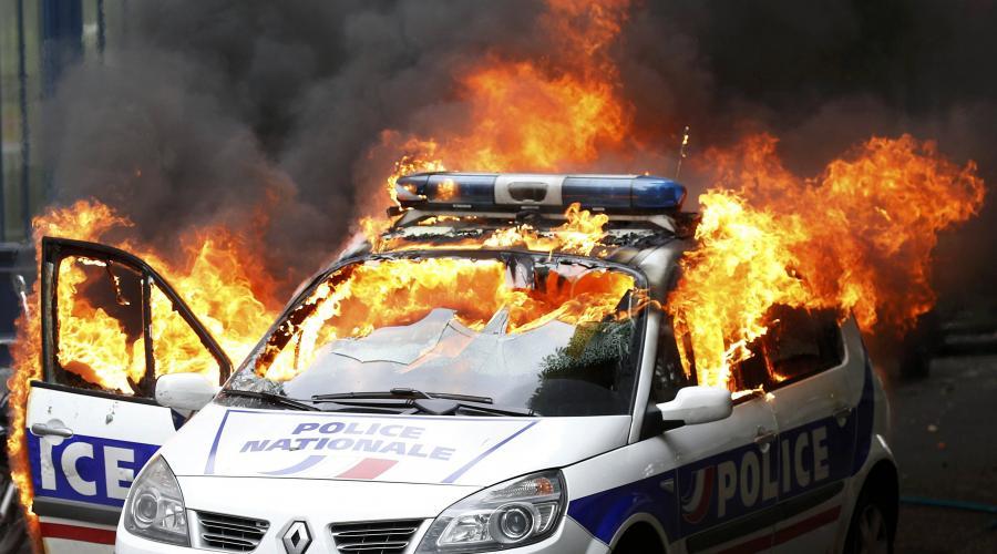Résultats de recherche d'images pour «police agression»