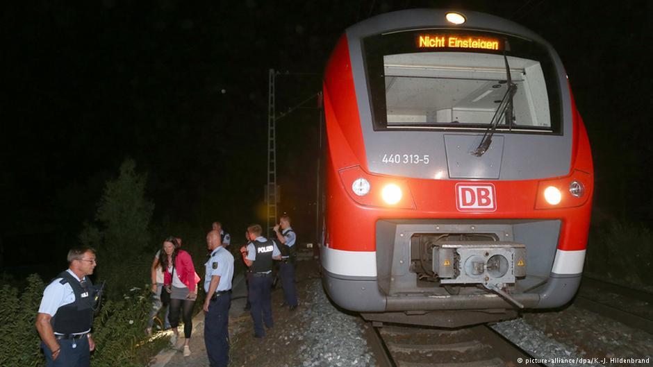 Train-allemand-attaque-hache
