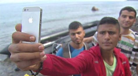 i-phones-migrants