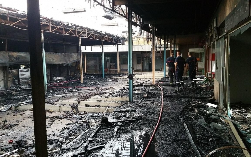 Limay : incendie de la Source