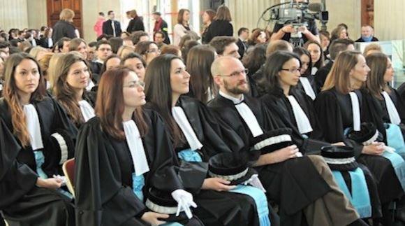 Comment des juges femmes acquittent un salopard de toubib violent