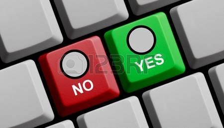 avortement-clavier-d-ordinateur-rouge-un-vert-montrant-oui-ou-non