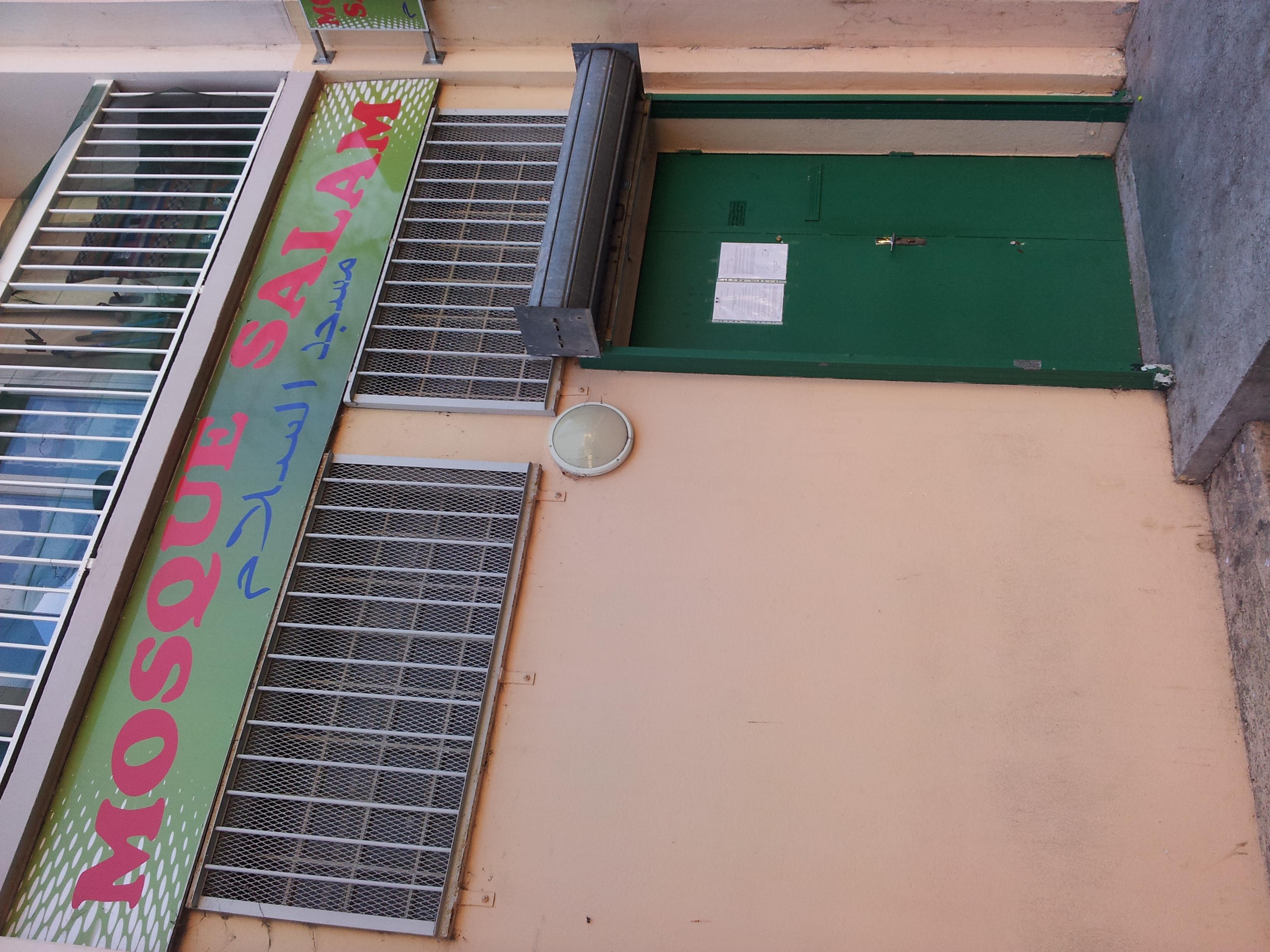 Elue municipale je ne veux pas de mosqu e aix en - Piscine municipale aix en provence ...