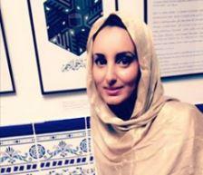 Latifa Chay, candidate de «En Marche», photographiée voilée dans une mosquée UOIF !