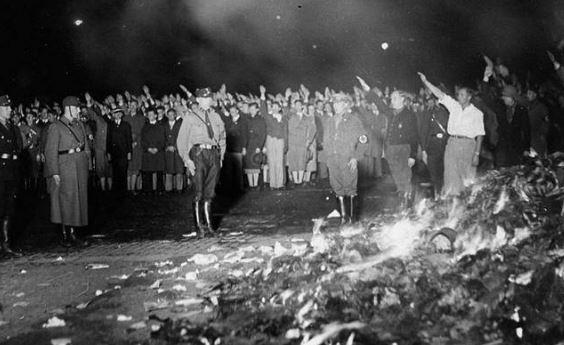Camarade Poutou, il faut brûler tous les livres d'Éric Zemmour