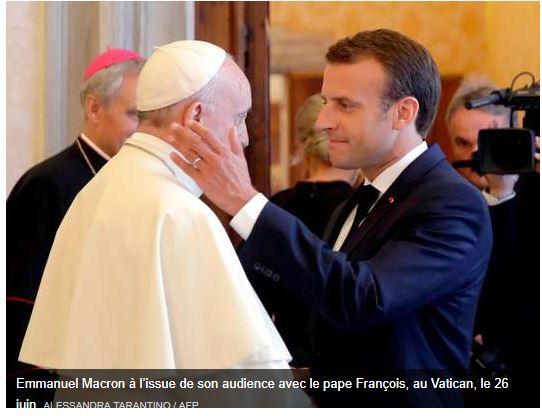 Le pape François Bergoglio VRP des laboratoires