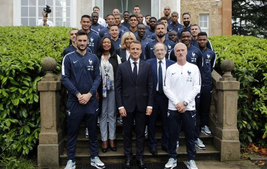 De la France Afrique de Foccart à la France à Fric du football