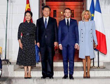 Macron est-il en train de mettre en place un contrôle social à la chinoise?