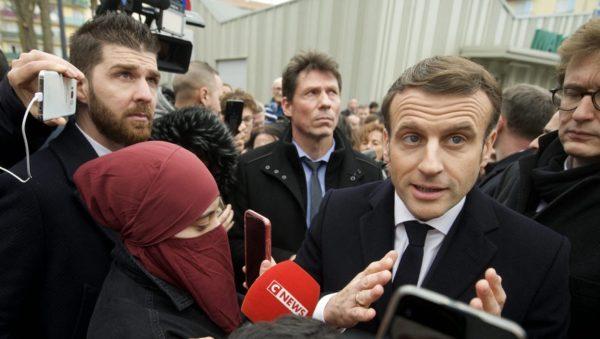 Macron ne s'en ira pas en guerre contre l'islamisme, faut pas rêver !