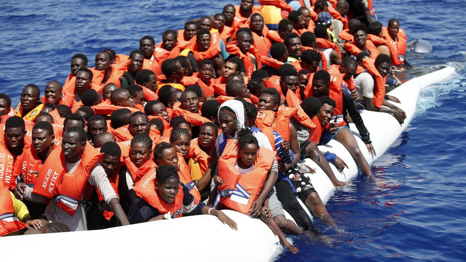 Un rapport italien démasque la complicité des ONG et des passeurs