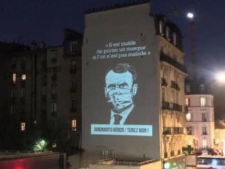 Macron-rectoprojecte-sur-un-mur.png