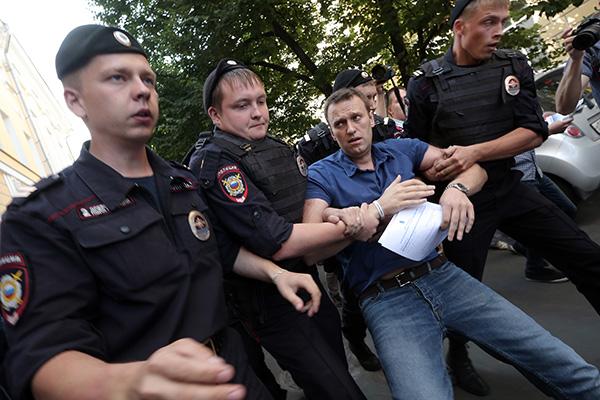 """Qui sont les """"sponsors"""" de Navalny ?"""
