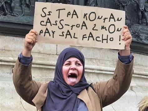 La France est foutue, il faut protéger nos descendants… en partant !