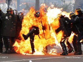 01-CRS-en-flamme.jpg