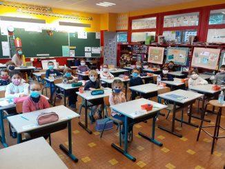 Eleves-masques-en-classes.jpg