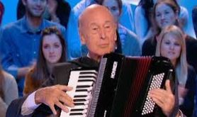 L'accordéoniste est mort : encore merci pour le regroupement familial !