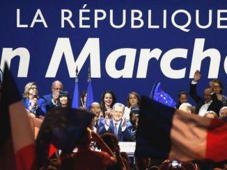 La-Republique-bananiere-En-Marche-arriere-detruit-la-France.jpg