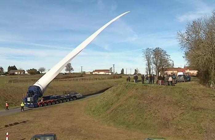 Éoliennes en Saône-et-Loire : le triste exemple de La Chapelle-au-Mans