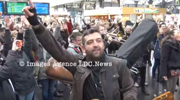 """Fabuleux : """"Danser Encore"""" réussit un nouveau coup d'éclat Gare de l'Est"""
