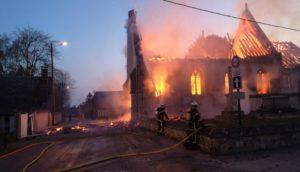 Nos églises vandalisées : le gouvernement s'en contrefout