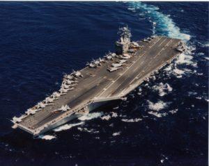 Un porte-avions américain survolé incognito par un drone d'attaque iranien…