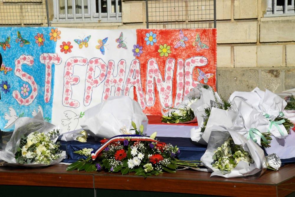 Macron lance ses roquets contre les Français qui redressent la tête
