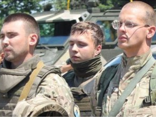 Biélorussie : BHL et Glücksmann aux côtés du nazi Protassevich