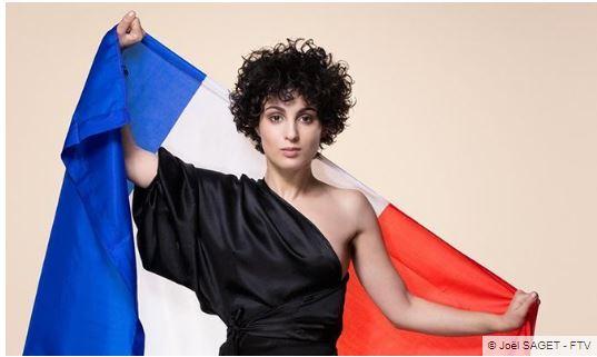 Eurovision : Barbara Pravi au top, Stéphane Bern lamentable