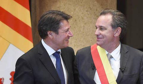 Escrosi et La Muselière se prostituent pour Macron
