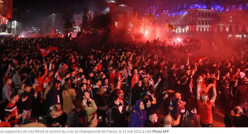 Foot : des milliers de supporters sans masque fêtent le titre de Lille