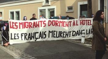 Migrants : bien pire encore que la Cigale et la Fourmi !