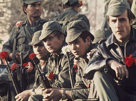 Portugal : Il y a 47 ans éclatait la Révolution des Œillets