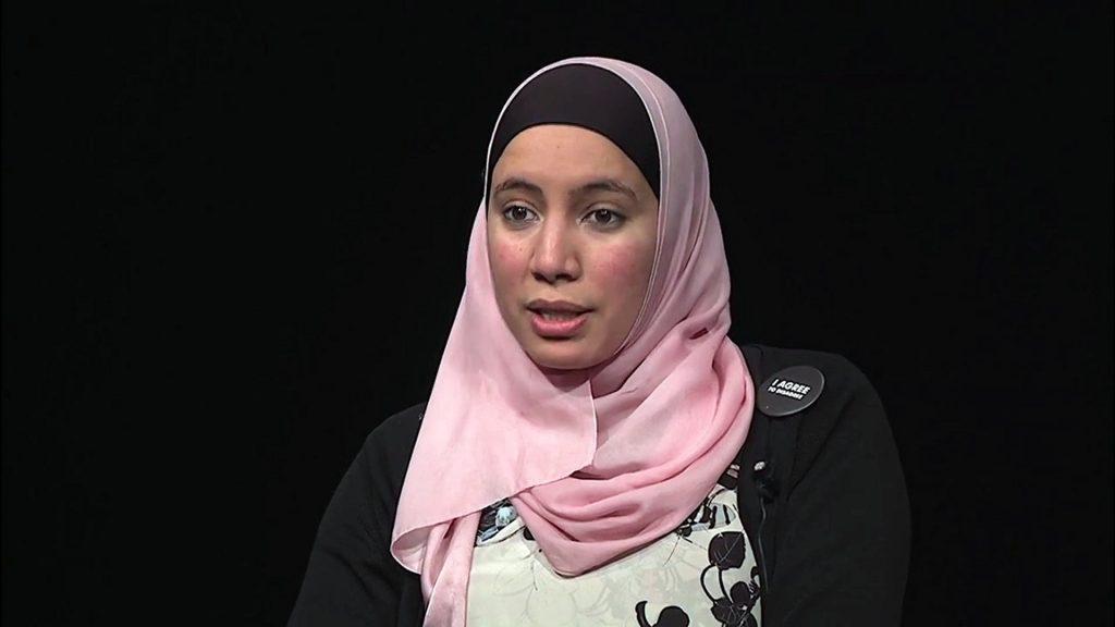 Une Belgo-Marocaine bâchée, nouveau symbole de l'égalité homme-femme